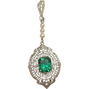 1930's Vintage 14K White Gold 1.55 Ct Synthetic Green Chatham Emerald Faux Pearl Filigree Pendant
