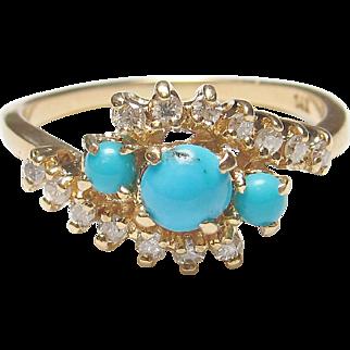 Gorgeous 14K Yellow Gold Turquoise & Diamond Ring