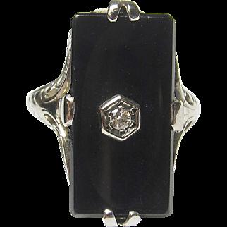 Wonderful Estate 10K White Gold Black Onyx & Diamond Filigree Ring