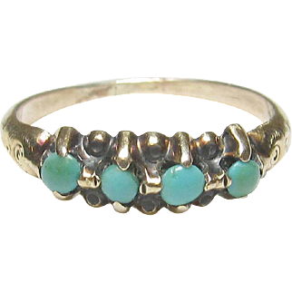 Very Pretty Estate 10K Yellow Gold Turquoise Ring