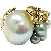 Beautiful Eye Catching South Sea & Natural Pearl Ring