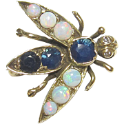1940's Vintage 14K Yellow Gold Natural Blue Sapphire, Opal And Diamond Bee Brooch 0.75 Cts