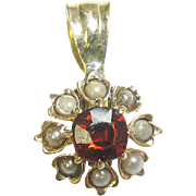 Little 1890's Victorian 10K Yellow Gold 0.35 Ct Natural Red Garnet And Pearl Pendant
