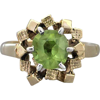 Vintage 1970's Abstract Peridot Ring in 9K Yellow Gold, English Hallmarks