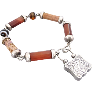 Victorian Scottish Silver Agate Bracelet with Engraved & Banded Agate Padlock