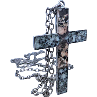Antique Scottish Sterling Silver Aberdeen Granite Cross Necklace