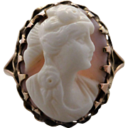 Vintage 1920's Hand-carved Pink Conch Cameo Ring in 9K Rose Gold