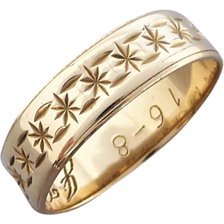 Vintage 70's Star Patterned 9K Gold Band Ring, Size 6