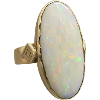 Vintage Large Solid Australian Opal Ring in 9K Yellow Gold, Size 9 1/2