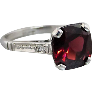 Vintage 18K White Gold Bright Cushion-cut Garnet & Diamond Ring