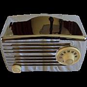 Repaired/Refurbished 1950 Silvertone Tube Radio Model 2