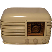 Repaired/Refurbished 1946 Crosley Tube Radio Model 56TX (White)