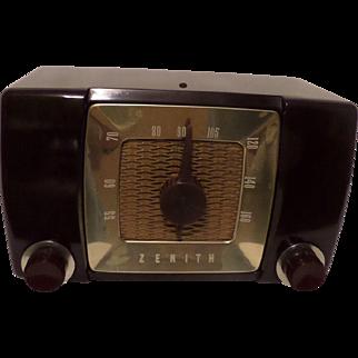 Repaired/Refurbished 1951 Zenith Tube Radio Model H615Z
