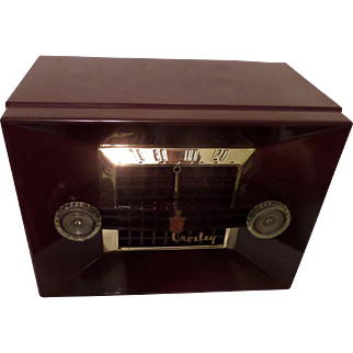 """Repaired/Refurbished 1950-1952 Crosley Tube Radio Model 11-108U """"Decorator"""" (Royal Burgundy) with Bluetooth receiver and cable included"""
