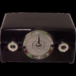 Repaired/Refurbished 1950 Crosley Tube Radio Model 10-136E (Black/Custom).