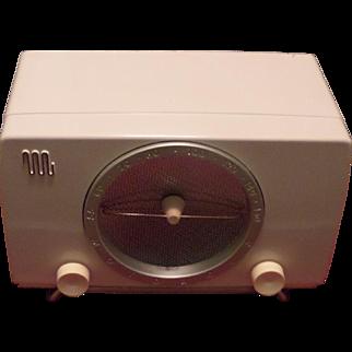 Repaired/Refurished 1950 Motorola Model 5X12U Tube Radio