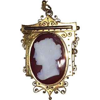 Antique Etruscan Revival 14K Gold Cameo Brooch Pendant