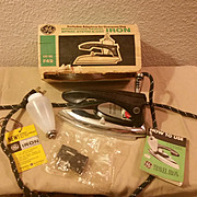 GE Electric Worldwide Spray and Steam Iron