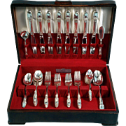 1847 Rogers Silverplate Flatware Set 1937 FIRST LOVE Service 8 in box Vintage