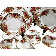 OUTSTANDING Royal Albert Old Country Rose Fine China SET Vintage 1962 Old Backmark