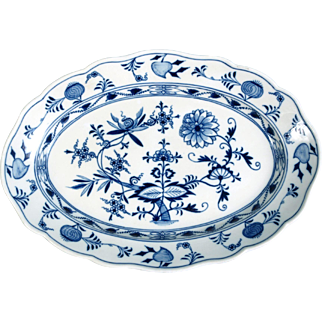 Meissen Porcelain Blue Onion Oval Serving Platter Crossed Swords