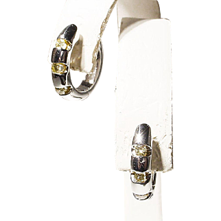 Canary Diamond & Gold Hoop Earrings 18 KT W-Gold - Huggies