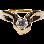 Elegantly Sleek Band of Two-Toned White Diamond Ring 18 KT - Highly Sparkling