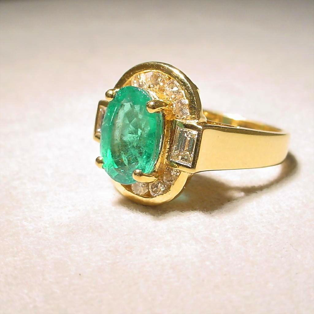 Great 2 4ct Vitreous Emerald Emerald Diamond Ring With