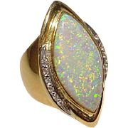 Passionate Fiery Black Opal Diamond Ring 18 KT Yellow Gold - Great Band - Opulent Natural Opal