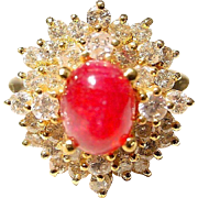 Classic Red Ruby & White Diamond Ring 18 KT Y-Gold - Old Fashion Cabochon Ruby - Vintage 70's