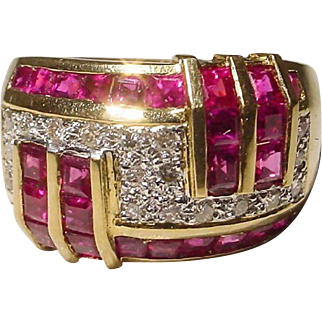 Block Red Ruby & Diamond Ring 18 KT Y - Gold - Geometric Dome Band