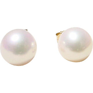 Cultured Akoya Pearl Earrings 14 KT - Gold - Simple Studs 8 MM - Gem Quality - Vintage