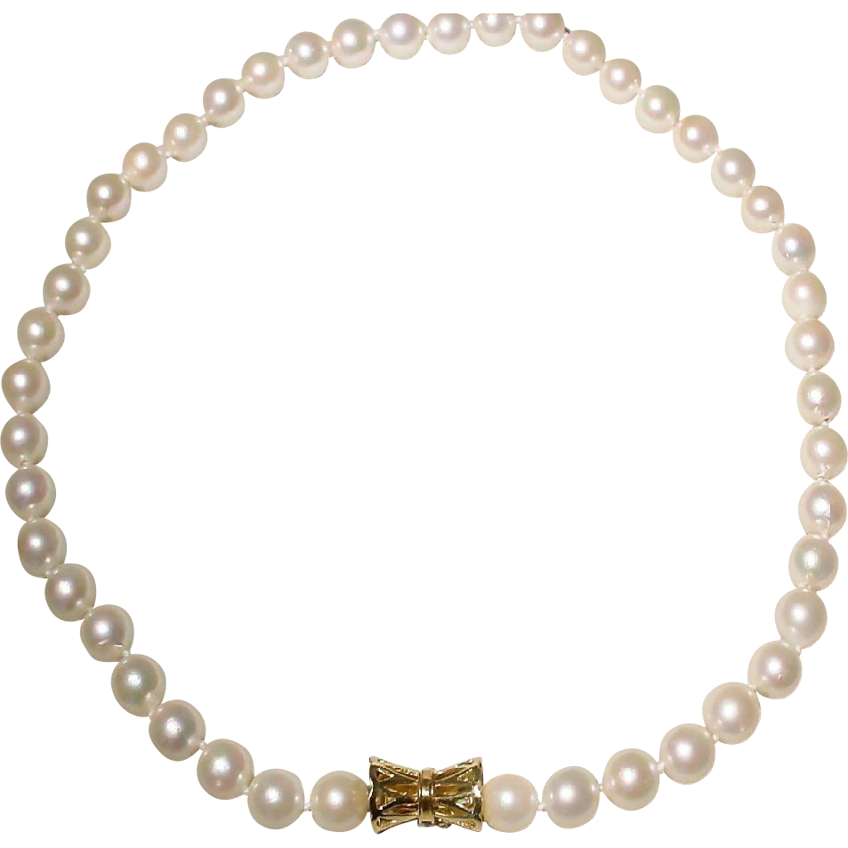 classic cultured akoya pearl necklace with 14kt yellow