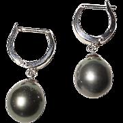Timeless Tahitian Black Pearl Earrings 14K W-Gold - 12.5 MM - Classic Dangling