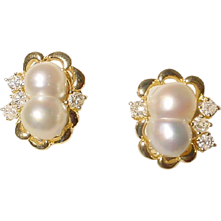 Impressive South Sea Pearl & Diamond Earrings 18 KT Yellow Gold - South Sea Keshi Baroques - Glistening Unique