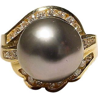 Declasse Tahitian Black Pearl Ring Diamonds Surrounded 18K Y-Gold - Lace Filigree Gold Setting