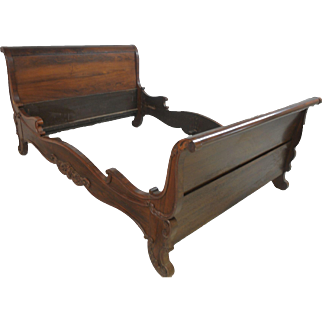 Vintage  Walnut Queen Sized Sleigh Bed, Circa 1920's