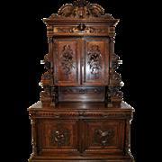 French Hunt Cabinet Large Impressive Model in Oak Solid Carved Doors 19th Century HUGE Lions