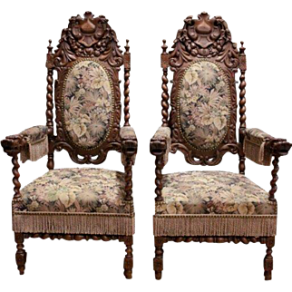 Intricately Carved Antique Pair of French Hunt Chairs in Oak, Large Sized