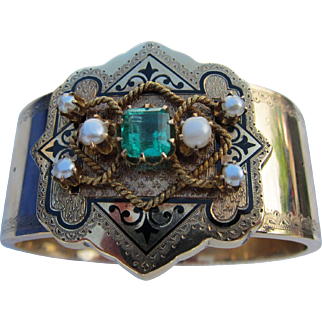 Rare Victorian 14kt. Gold 1.5 Carat Columbian  Emerald Bracelet   C.1880