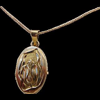 Antique Art Nouveau 18 Kt. Gold Locket  Necklace C.1910
