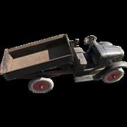 Old Buddy  L  Dump Truck 201A Hyddraulic   C.1922