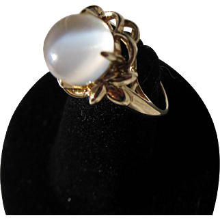 Beautiful Vintage 14 kt. Gold Moonstone Ring            C.1920s