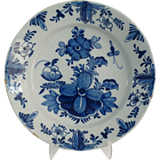 18th-Century Delft Platter / Charger