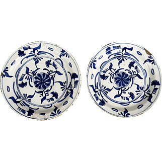 18th-Century Dutch Delft Plates, Pair