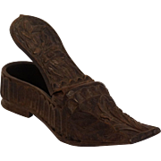 Antique Ladies Wood Snuff Shoe