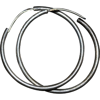 Vintage sterling silver round earrings