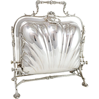 Stunning Fine Silver Plated Open Shell Bun Warmer w. Ornate Design