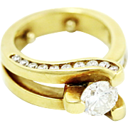 Fine Lady's 18k Yellow Gold and Three-Prong Set Diamond Ring