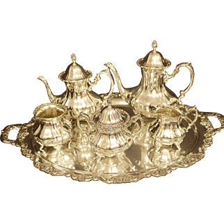 Towle Sterling Silver Tea Service With Tray Grand Duchess Pattern